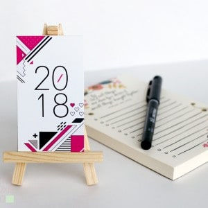 2018 Desk Calendar with stand